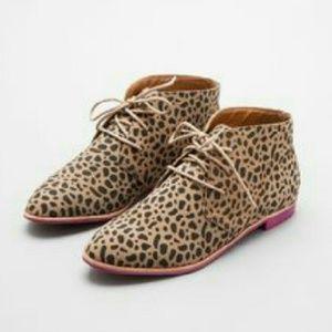 Dolce Vita Leopard Suede Booties Boots Purple Sole